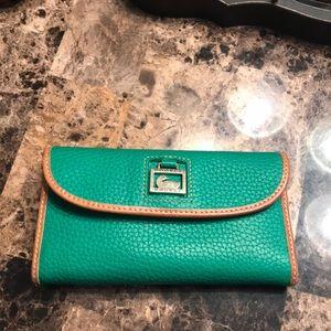 Dooney and Bourne wallet